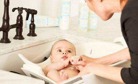 Bezpieczna łazienka w domu z dzieckiem