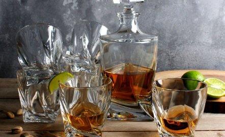 Jak podawać whisky? Poznaj produkty Bohemia Quadro